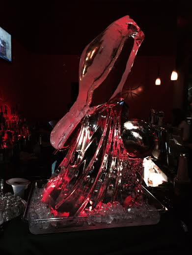 Kings Bowling Ice Sculpture