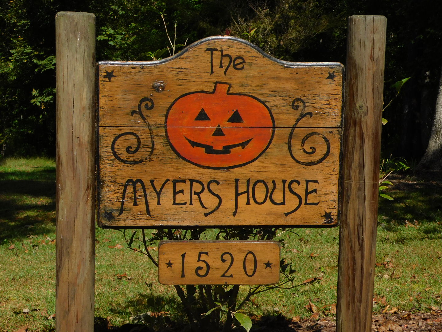 myers-house-sign