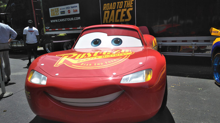 Disney Pixar Cars 3 Road to the Races Tour